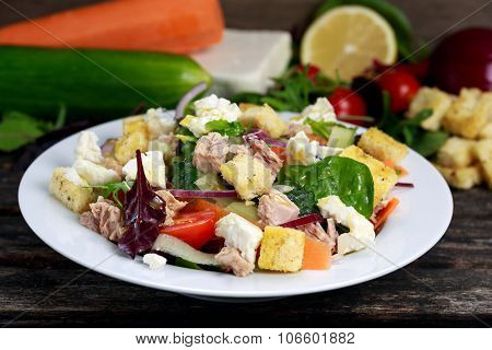 Tuna Salad With Spinach, Rocket, Red Ruby Chard, Tomatoes, Cucumbers, Carrot, Red Onion, White Chess