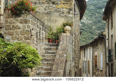 Saint-guilhem-le-desert (france)