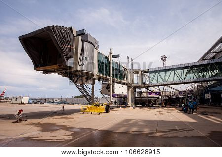 PHUKET, THAILAND - 2015 Oct 20 : The Building aerobridge at Phuket International Airport on July 28,