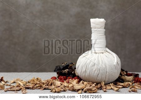 White Cloth Herbal Compress Ball