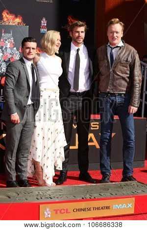 LOS ANGELES - OCT 31: Josh Hutcherson, Jennifer Lawrence, Liam Hemsworth, Conan O'Brien at their Hand and Footprint Ceremony at the TCL Chinese Theater on October 31, 2015 in Los Angeles, CA