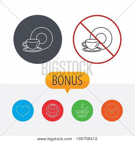 Coffee cup icon. Food and drink sign.