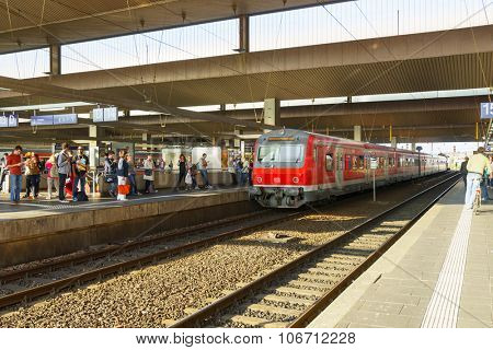 DUSSELDORF, GERMANY - SEPTEMBER 16, 2014: Dusseldorf train station. Dusseldorf is the capital city of the German state of North Rhine-Westphalia and center of the Rhine-Ruhr metropolitan region.