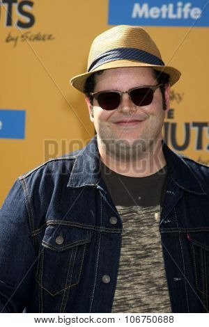 LOS ANGELES - NOV 1:  Josh Gad at the