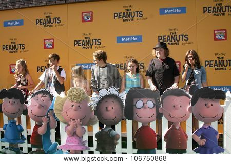LOS ANGELES - NOV 1:  Peanuts Voice Actors at the