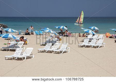 Cuba Beach Tourists