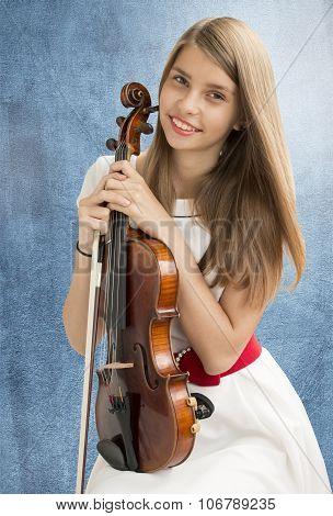 Teenage girl with viola