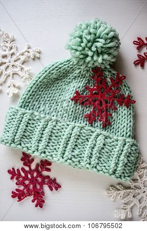 knitted chunky hat