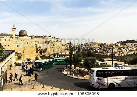Al Aqsa Mosque, The Third Holiest Site In Islam, With Mount Of Olives In The Background In Jerusalem