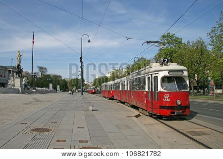 Vienna, Austria - April 22, 2010: Tram Near The Austrian Parliament Building In Vienna, Austria