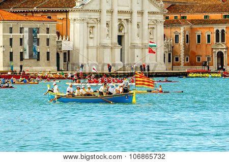 Venice. Vogalonga Regatta.