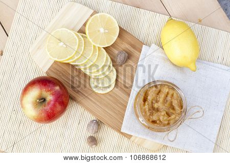 Homemade apple and lemon jam with ginger and nutmeg, closeup, selective focus