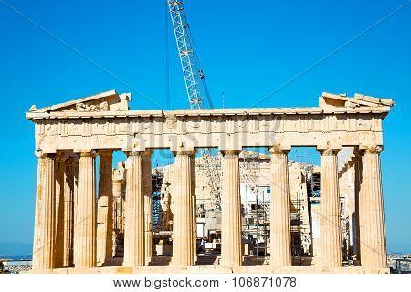 Statue Acropolis    Historical    In Greece    Architecture