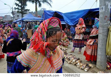 Vietnamese People Wearing Traditional Costume In Bac Ha Market, Vietnam