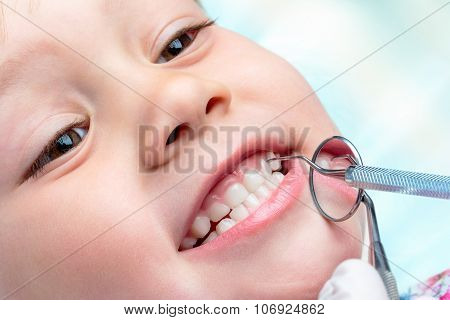 Child At Dental Check Up.