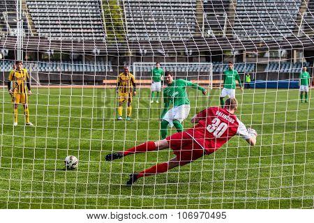 Penalty kick in Lithuania A league. Kauno