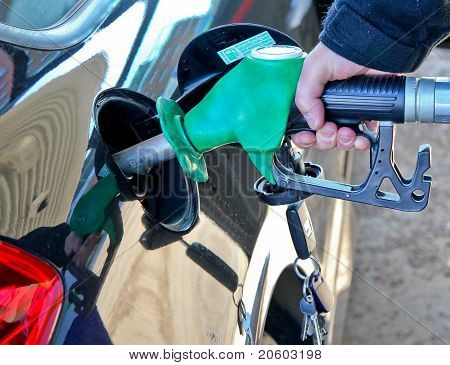 Hand filling petrol