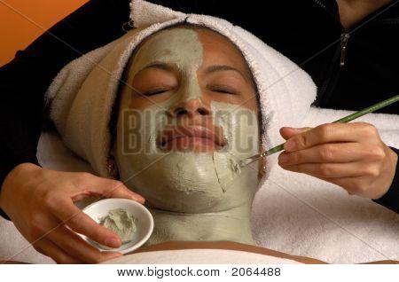 Aroma Plus Spa Facial 2