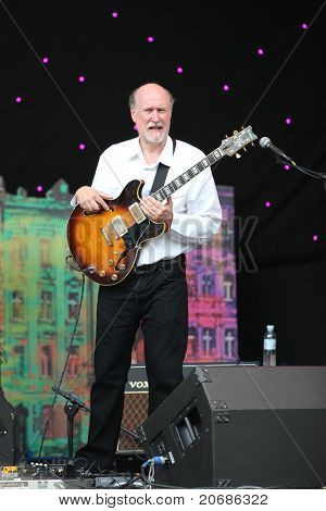 LVIL, UKRAINE - JUNE 3: John Scofield Jazz Quartet in concert during Alfa Jazz Festival on June 3, 2011 in Lviv, Ukraine.