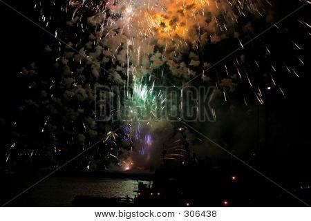 6516 Fireworks
