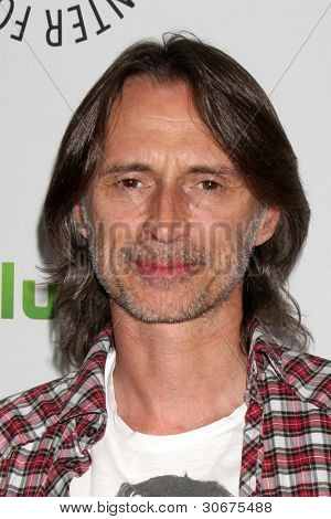 LOS ANGELES - MAR 4:  Robert Carlyle arrives at the
