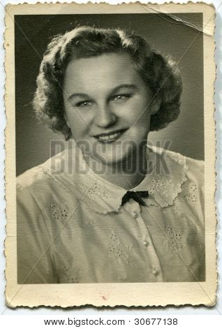 Vintage photo of woman (early fifties)
