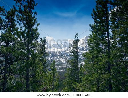 Mountain View in Rocky Mountain National Park