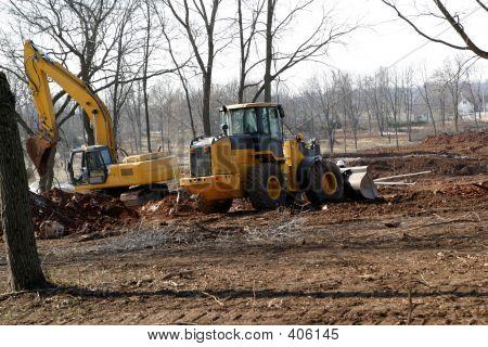 Backhoe/bulldozer