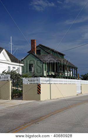 Gilberts Bar House of Refuge