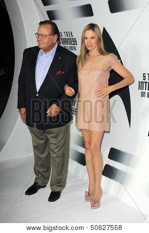 LOS ANGELES - SEP 10:  Mira Sorvino, Paul Sorvino at the