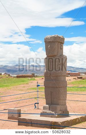 Monolith at ruins of Tiwanaku, Bolivia