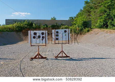 Outdoor Pistol Shooting Range  With Targets .