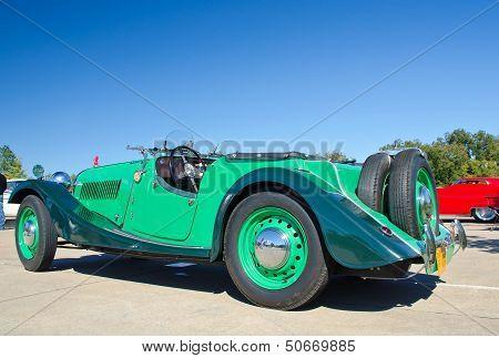 A green 1953 Morgan