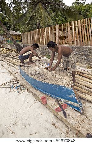 Boat Repairs in the Philippines