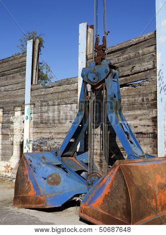 Blue crane grab.