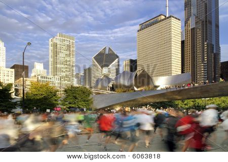 Blurred Runners At 2009 Chiicago Marathon
