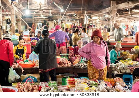 Khmer People Shopping At Traditional Local Marketpl
