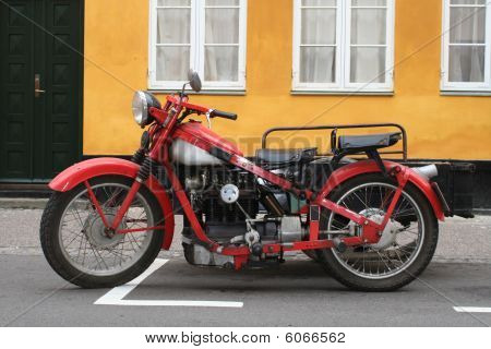 Old mototrcycle