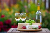 picture of spreader  - A wine  - JPG