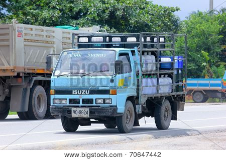 Drinking water delivery truck