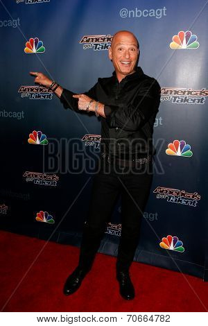 NEW YORK-AUG 20: Comedian Howie Mandel attends the backstage post-show red carpet for NBC's 'America's Got Talent' Season 9 at Radio City Music Hall on August 20, 2014 in New York City.