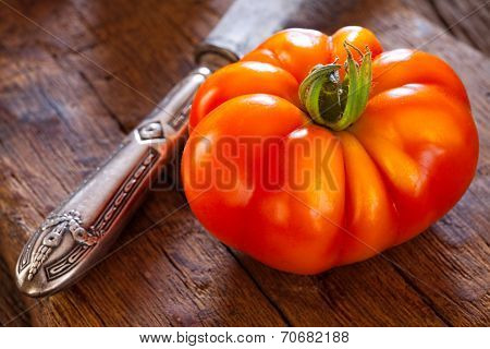 Close Up Of A Ripe Beefsteak Tomato