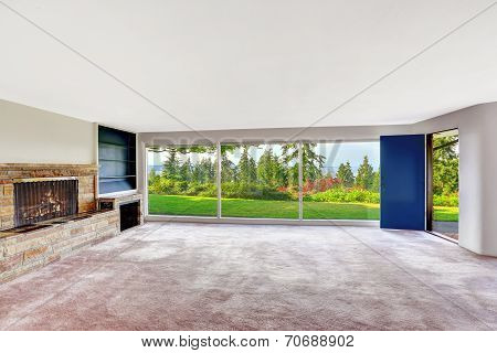 Spacious Empty Living Room With Walkout Basement Overlooking Beautiful View