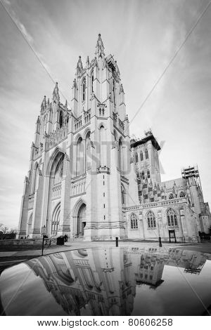 National Cathedral and reflection over a car rooftop - Washington DC, United States