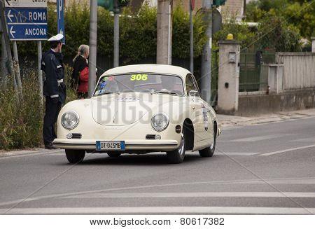 OLD CAR Porsche 356 1500 1954 MILLE MIGLIA 2014