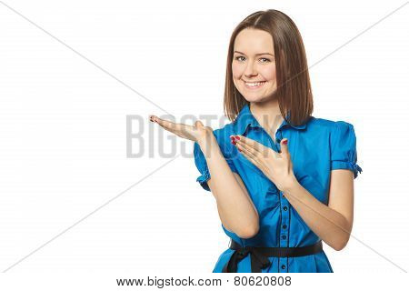 Young woman points to a product