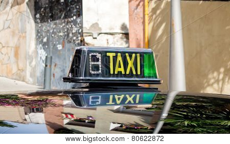 Taxi Sign Free