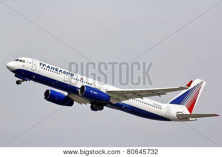 Transaero Tupolev Tu-214
