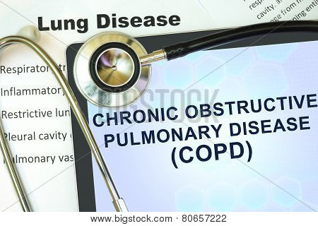 Tablet with word Chronic obstructive pulmonary disease (COPD) and stethoscope.