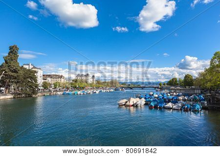 View Of Zurich Old Town, The Lake And The Alps